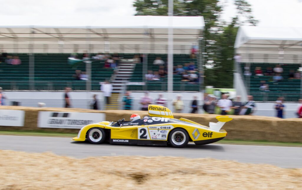 Renault_Alpine_A442B_at_Goodwood_2014_003