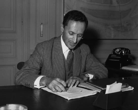 Pierre Dreyfus | Jean Rédélé