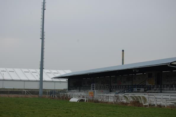stade de football Maurice-Thoumyre