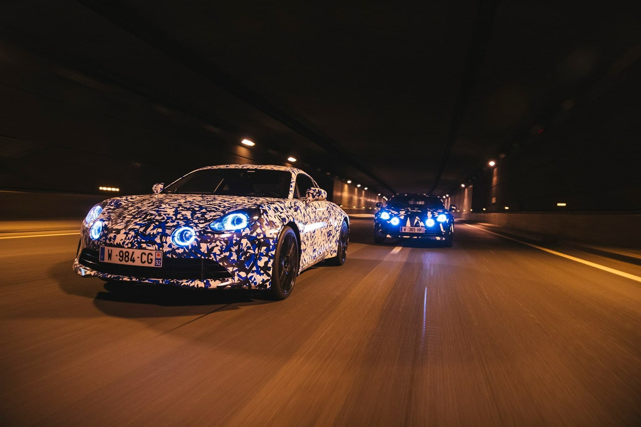 L'Alpine A110 / AS110 en virée nocturne à Paris