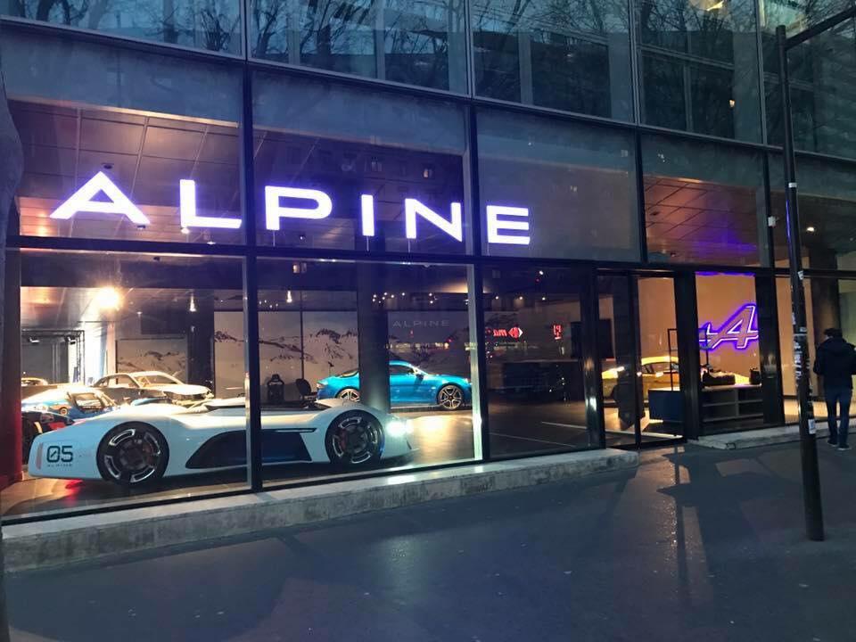 Ouverture Samedi premier Showroom Alpine