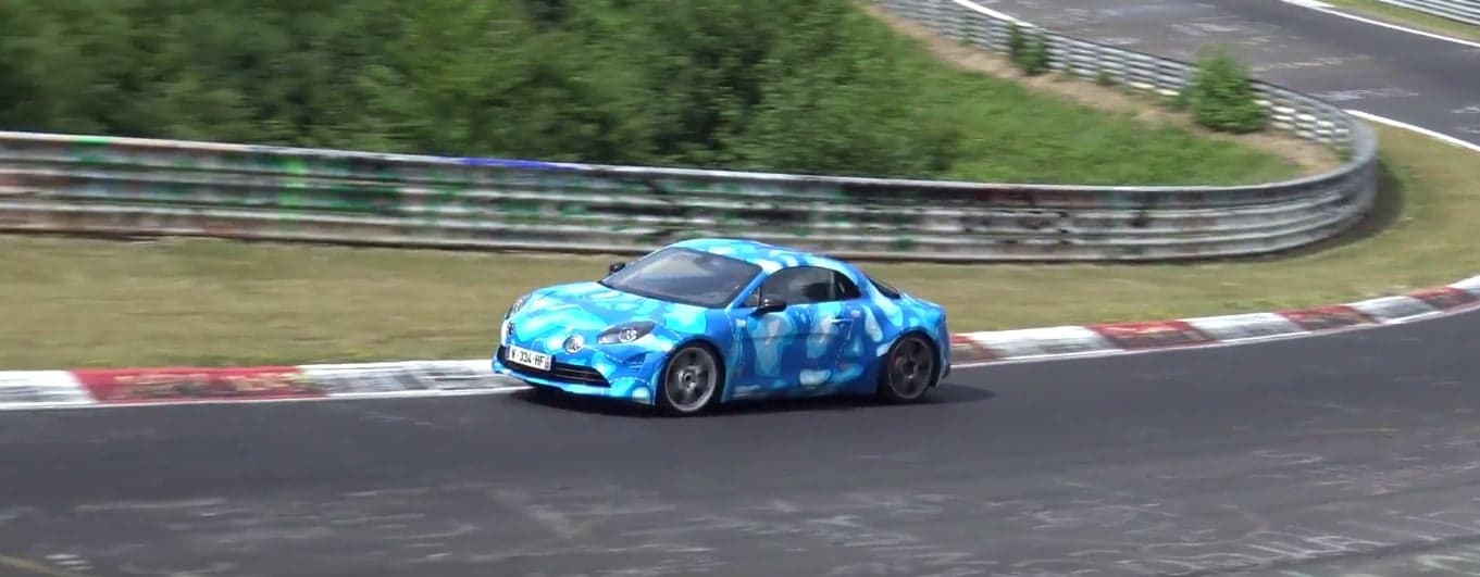 alpine planet l 39 alpine a110 en action sur le circuit du n rburgring. Black Bedroom Furniture Sets. Home Design Ideas