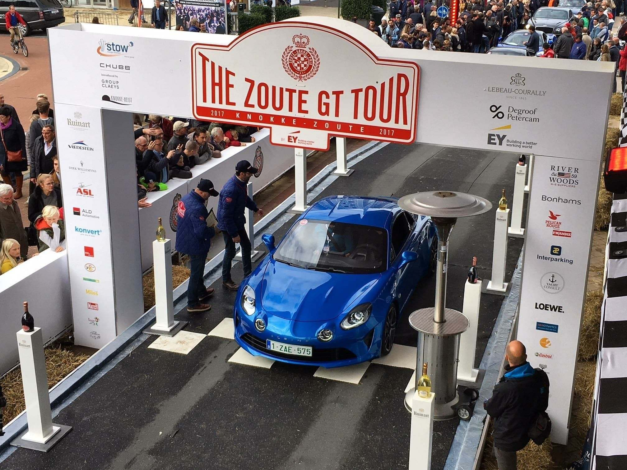 La nouvelle Alpine A110 participe au Zoute Grand Prix !