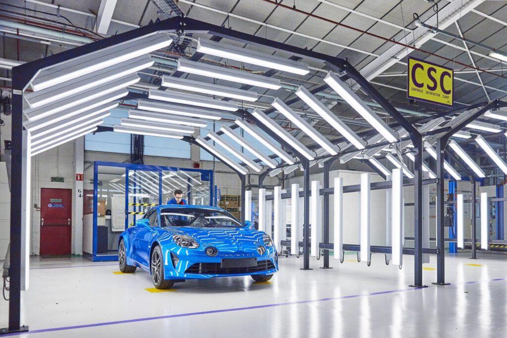 Alpine Planet revelation usine dieppe A110 2 | Luca de Meo: un nouveau souffle pour Alpine ?