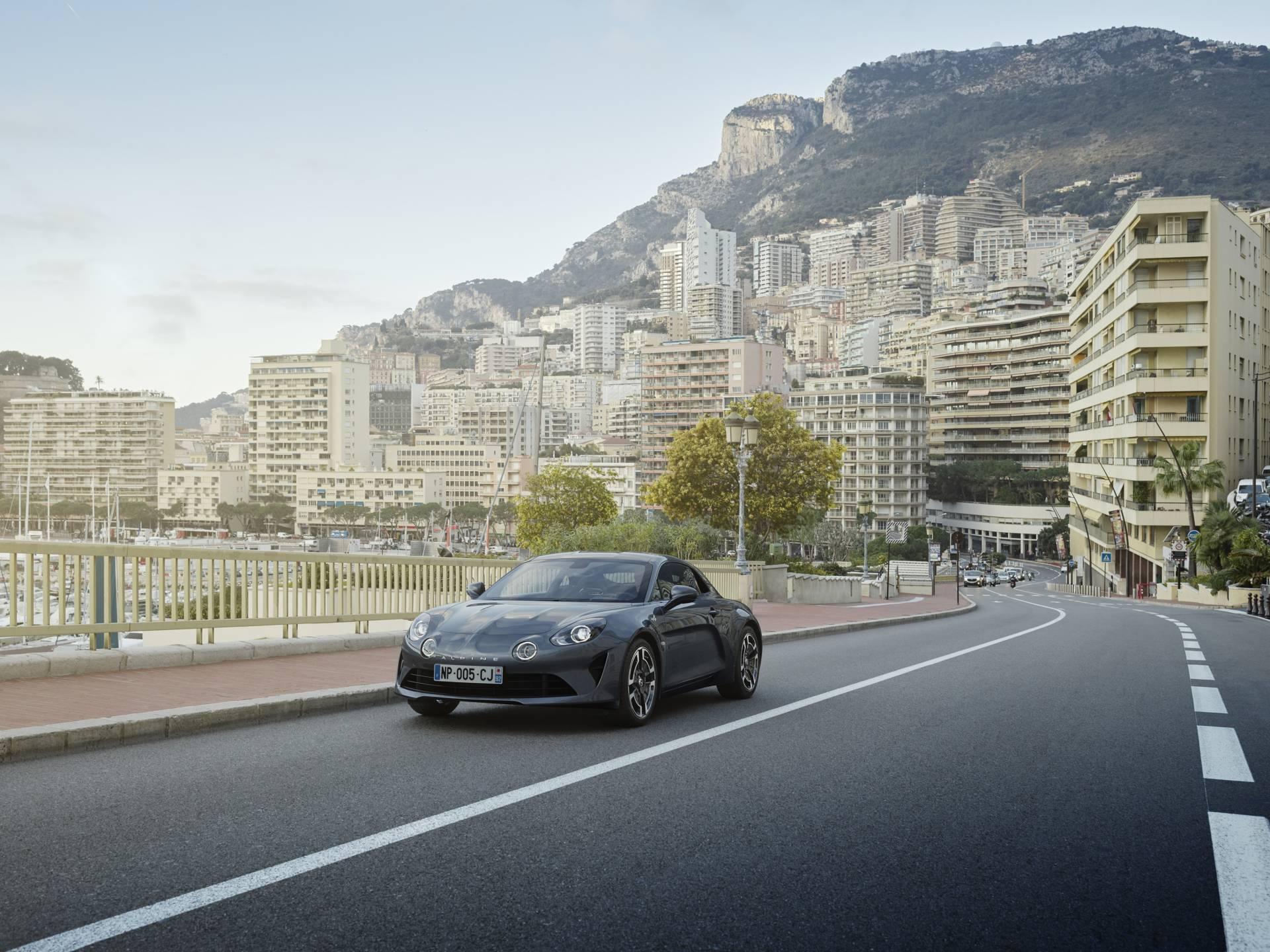 Alpine A110 Légende GIMS Geneve 1 | Alpine dévoile le prix des options de l'A110 Pure et Légende !