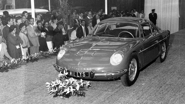 Willys Overland Interlagos 1961 Automovel Salao | Overland Interlagos: l'Alpine Made in Brazil !