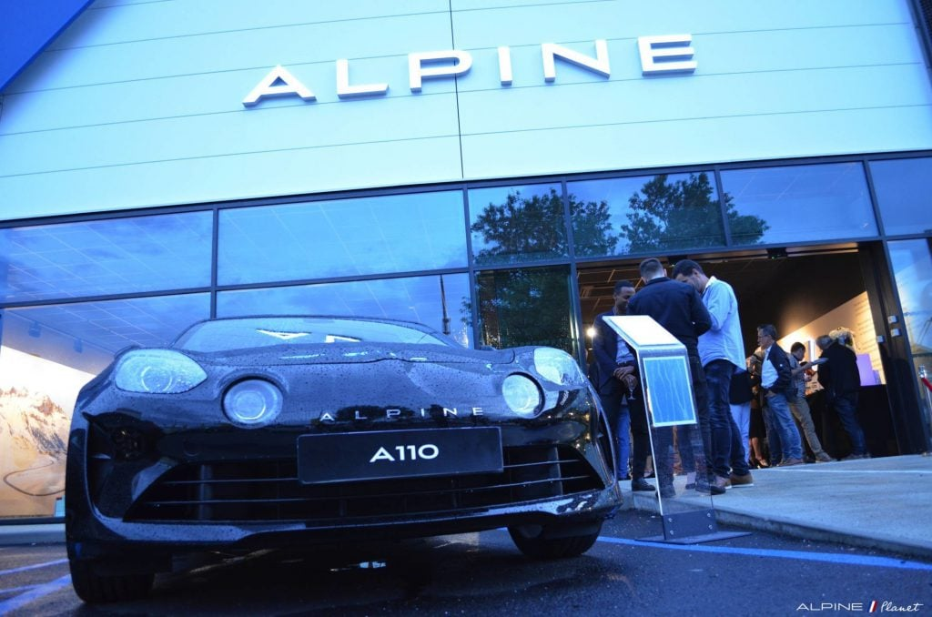 Alpine Planet inauguration showroom centre alpine toulouse 39 imp | Inauguration Centre Alpine Toulouse