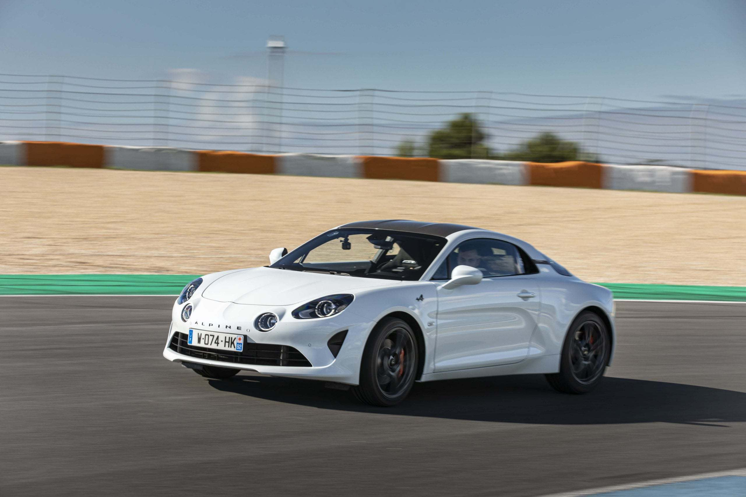 essai alpine a110s estoril 1 scaled | Essai Alpine A110S : le point sur les S