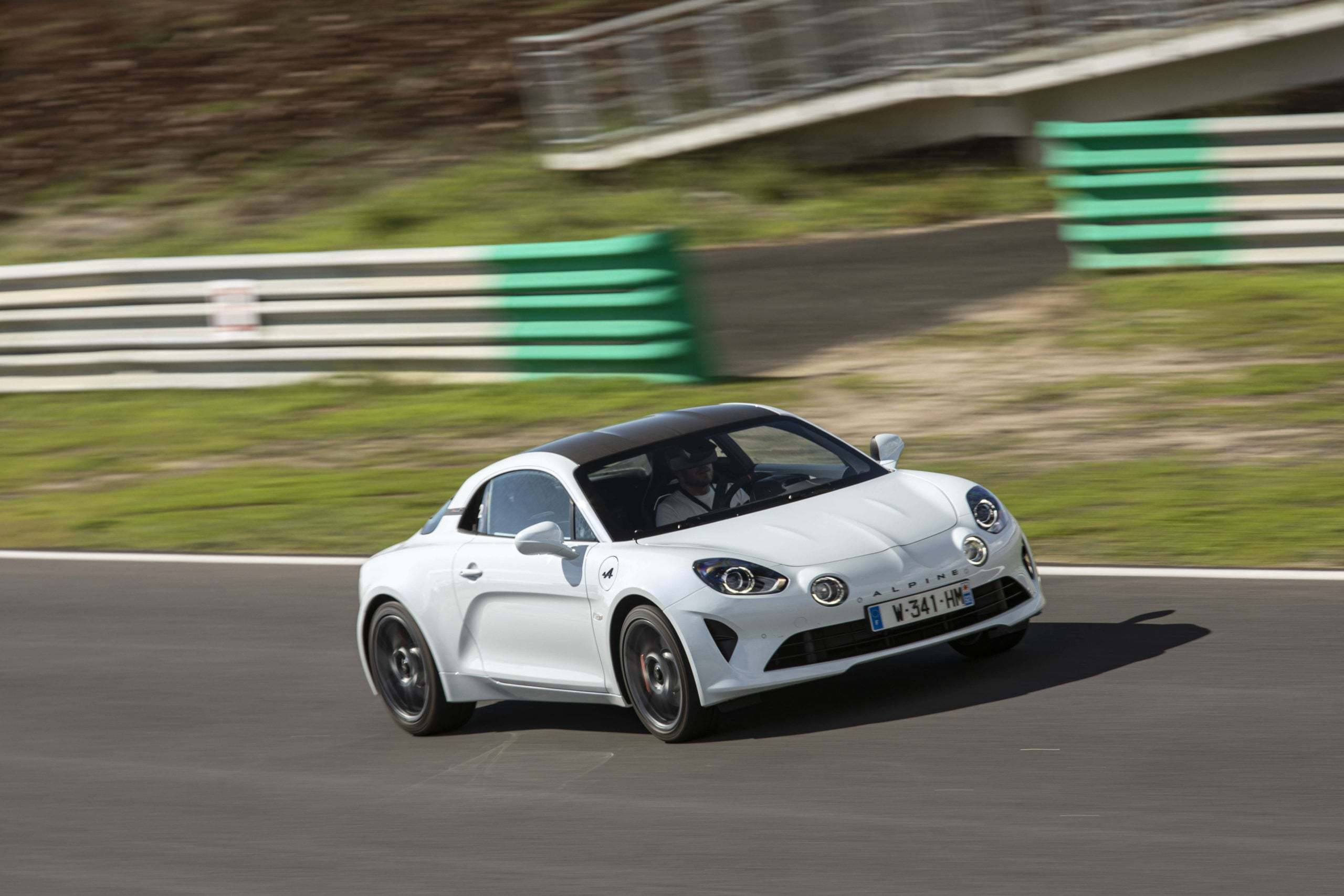 essai alpine a110s estoril 6 scaled | Essai Alpine A110S : le point sur les S