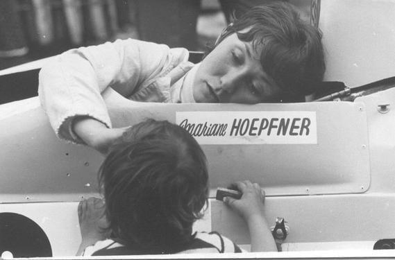 E8DE462A 481D 4BA9 B6CA 88B9F0DCCCB6 - Alpine des femmes des voitures : Mariane Hoepfner