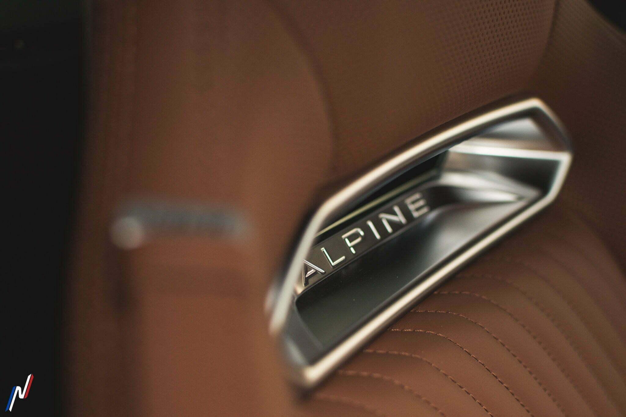 Alpine A110 Legend GT Centre Alpine La Rochelle 19 | Sous l'oeil de GPE-Auto : l'Alpine A110 Légende GT