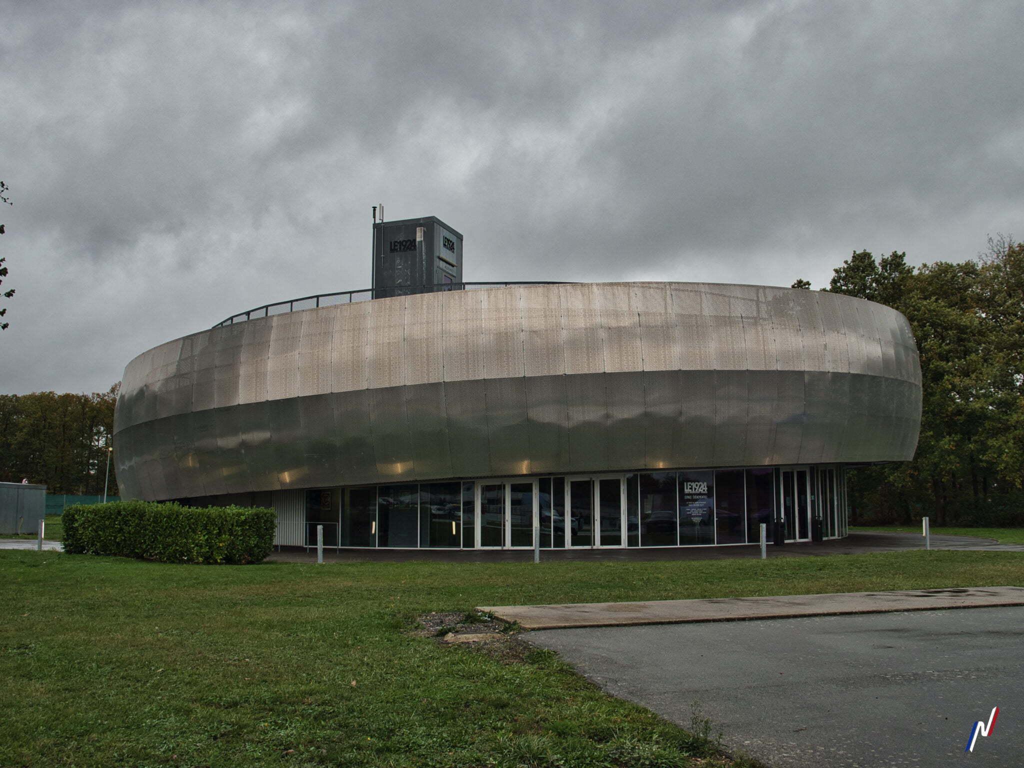 """Pavillon """"Le 1924"""" - Circuit de Montlhéry"""