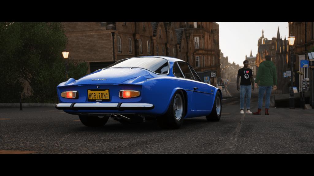 Forza Horizon 4 Alpine 1 | 30 idées de cadeaux de Noël pour les passionnés d'Alpine