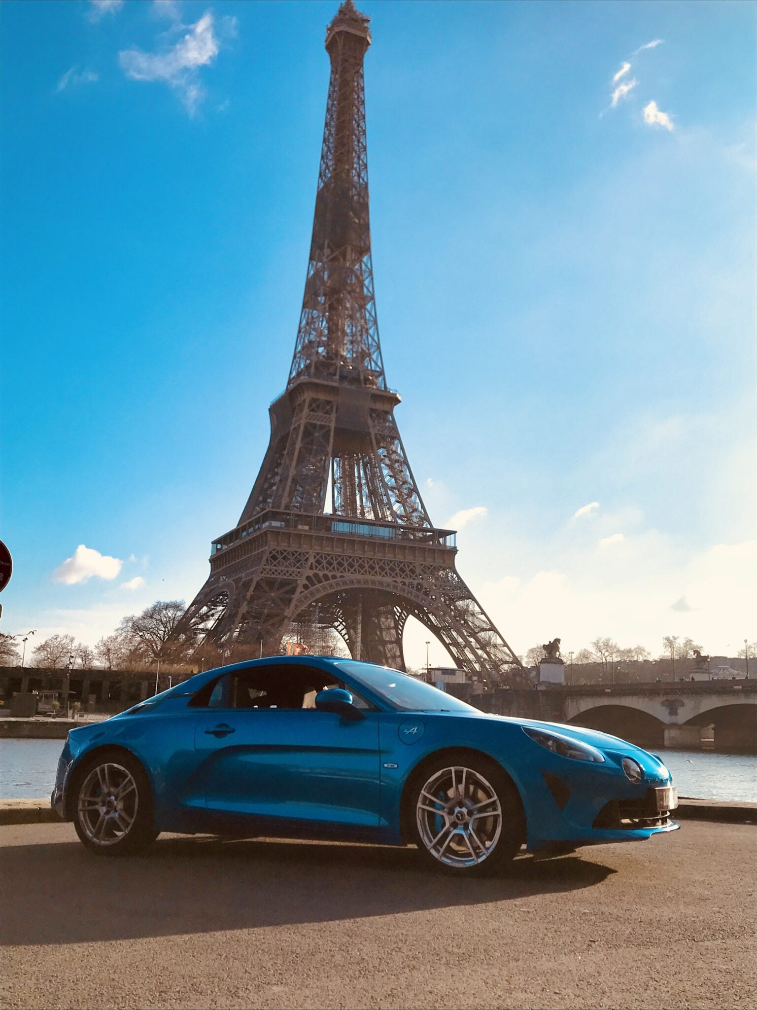 3AD9FD07 1AA3 4725 B0AE E56C7BC137BD | A l'essai : Alpine A110, des sensations Pures.