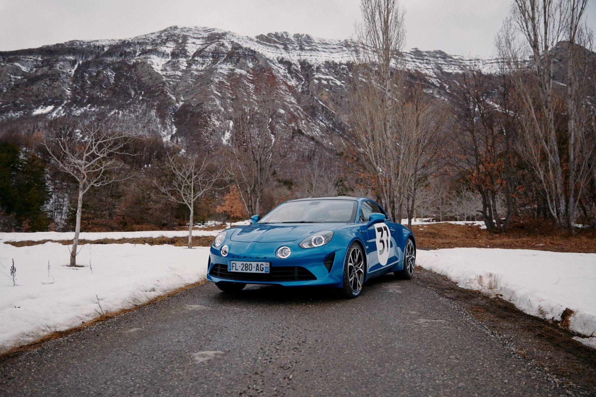 Esteban Ocon et lAlpine A110S assaut du Rallye Monte-Carlo 2021les alpinistes
