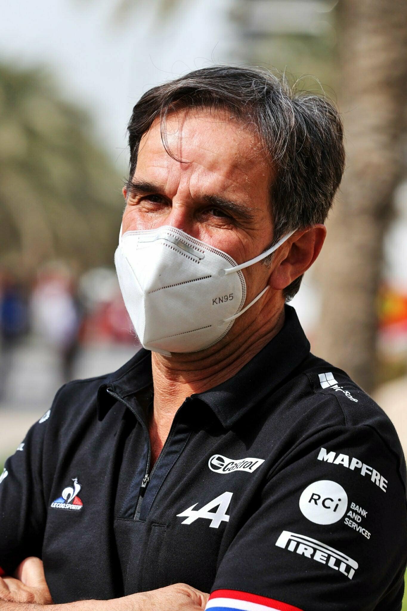 Davide Brivio Alpine F1 Team Bahrain Sakhir 2021 | Alpine F1 Team : Alonso et Ocon débutent les essais à Bahreïn