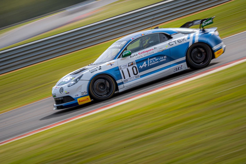 CMR Alpine A110 GT4 Herrero | Alpine A110 GT4 : Victoire de Castelli et Wallgrenn pour les Coupes de Pâques à Nogaro