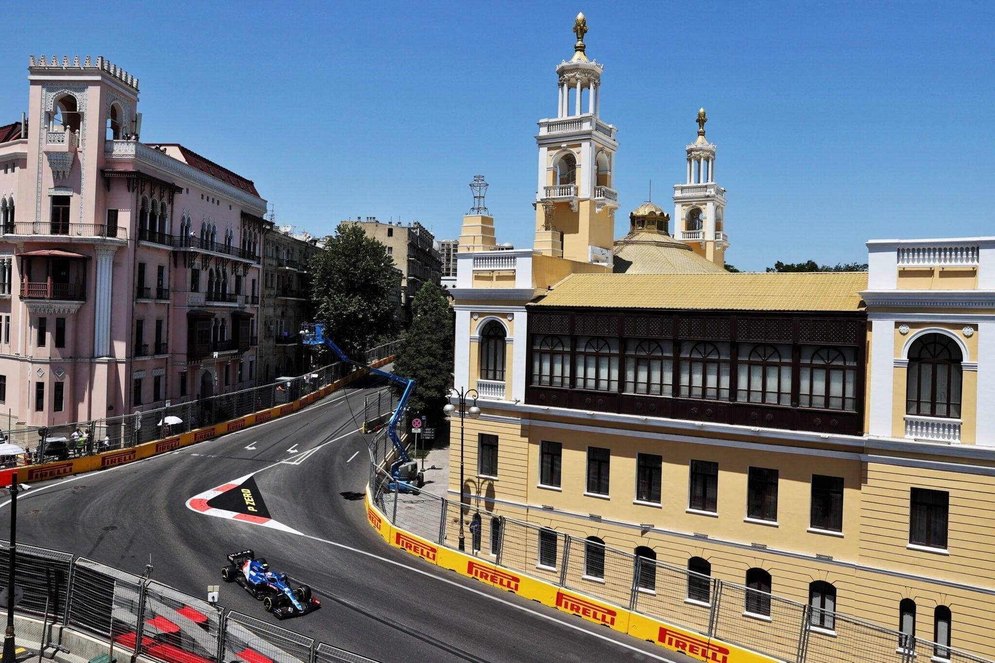 Alpine F1 Azebaijan Grand Prix Baku Alonso Ocon 2021 28   Alonso offre huit précieux points à Alpine F1 Team sur l'épreuve de Bakou