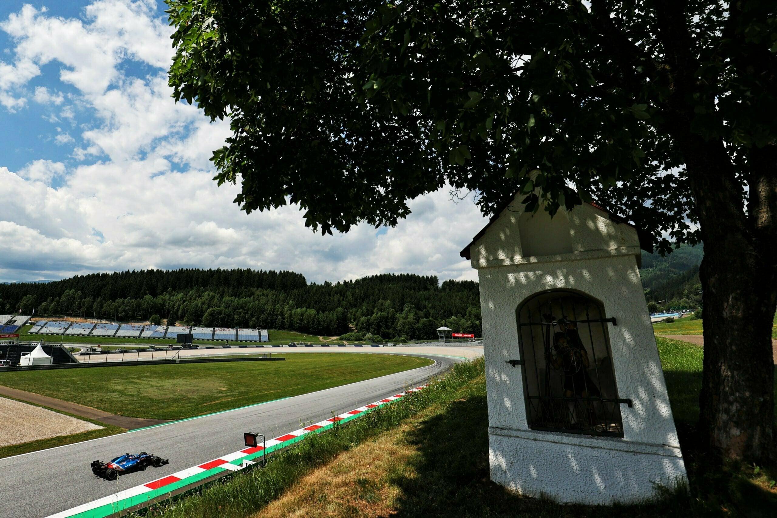 Alpine F1 Team Alonso Ocon Autriche Steiermark Grand Prix Spielberg A521 2021 18 scaled   Alpine F1 : Alonso réitère la Q3 et Ocon trébuche en Q1 à Spielberg