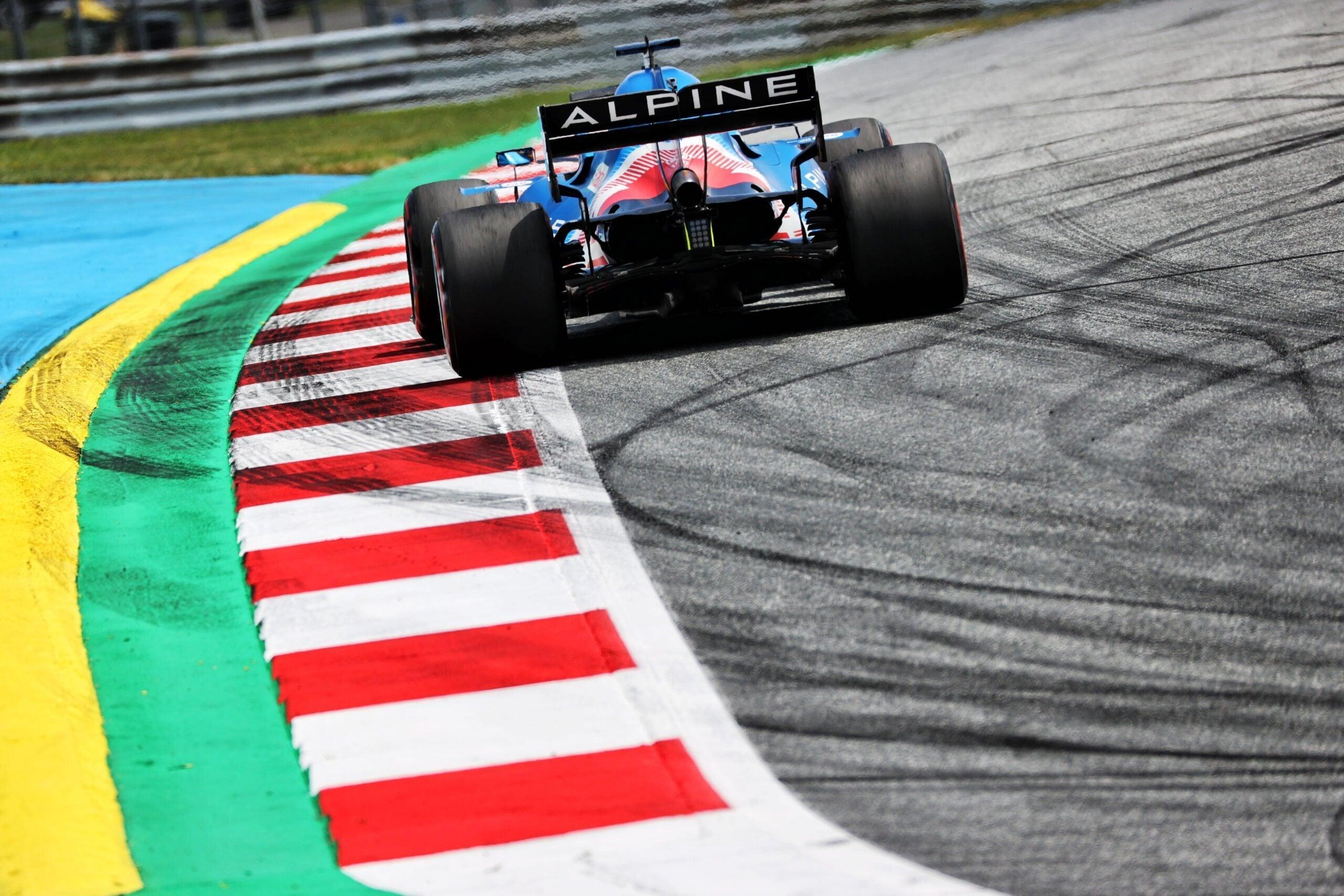 Alpine F1 Team Alonso Ocon Autriche Steiermark Grand Prix Spielberg A521 2021 22 scaled   Alpine F1 : Alonso réitère la Q3 et Ocon trébuche en Q1 à Spielberg